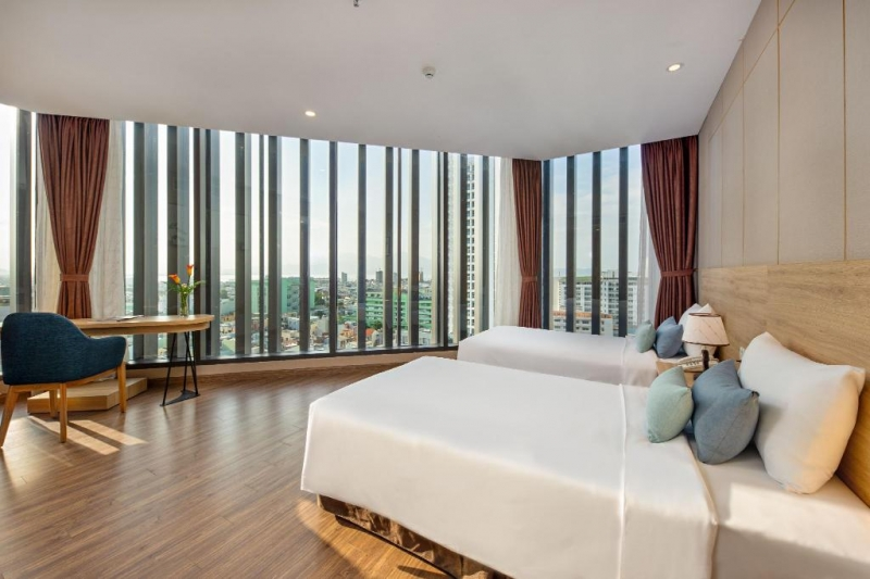 executive suite gia dinh huong pho  executive suite family city view